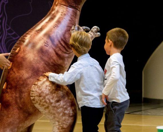Πάρτι με δεινόσαυρους