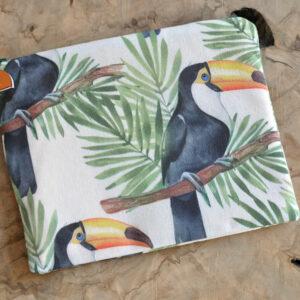 summer gifts, tucan pochette